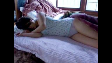 【夜這いレイプ×中出し】寝ているアイドル級ロリ貧乳美少女を変態男が凌辱強姦!無理矢理膣奥挿入にポルチオ崩壊種付け絶頂!のthumbnail