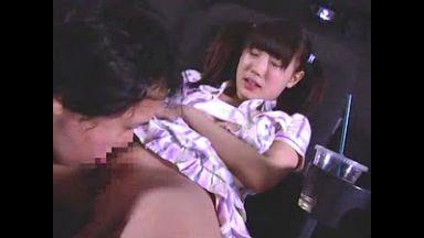 映画館でファザコン小学生が父親の股間に欲情して中出し近親相姦【小日向ゆうこ】のthumbnail