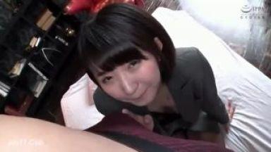 【深田結梨】かわいいショートカットヘアOLのお姉さんと仕事サボって生ハメ生中出しセックスのthumbnail