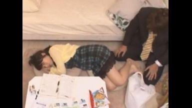 ♪近親相姦♪『オイ!風邪引くぞ!?』勉強疲れで寝てしまった妹に出来心で手を伸ばしたら・・・バレたwのthumbnail